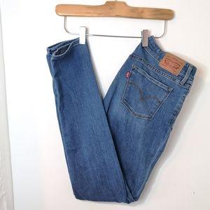 Levi's 711 medium wash skinny jeans